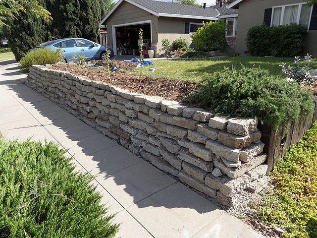 Cement Retaining Wall : Retaining walls concrete wall jagnefalt milton